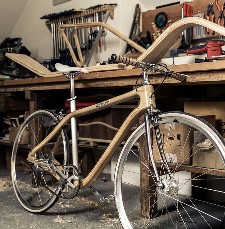 Vom Baum zum Bike. ~ Holzhaltig.com